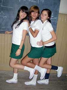 schoolgirls wearing white chucks