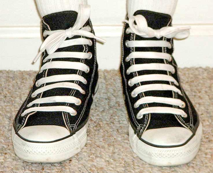 Now just repeat it the same way, until you get to the top of the shoe.