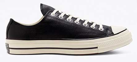 Black leather Chuck 70 low