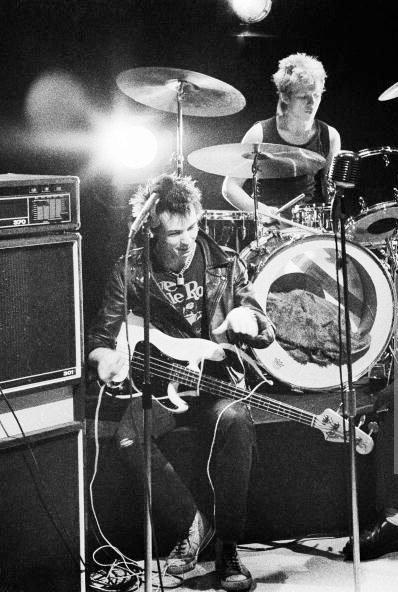 Sex Pistols Bass 6